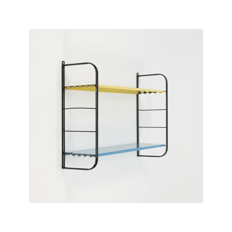 Wandrek/ boekenplanken van metaal