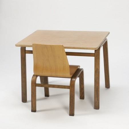 Plywood childrens set table and chair