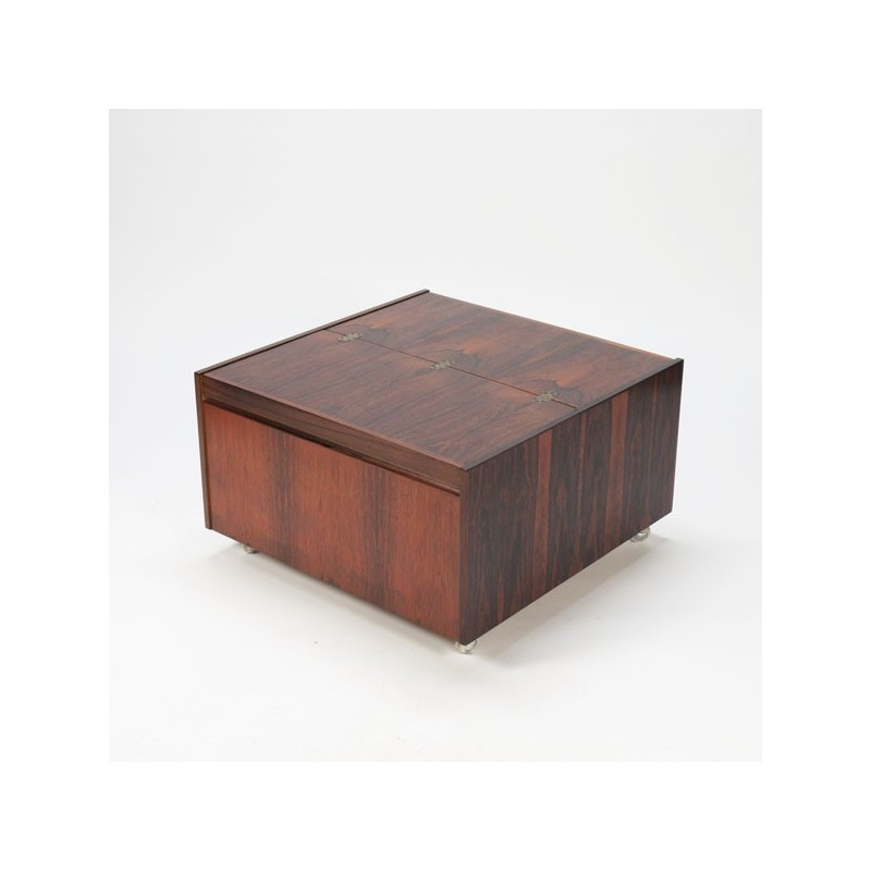 Coffee table in rosewood