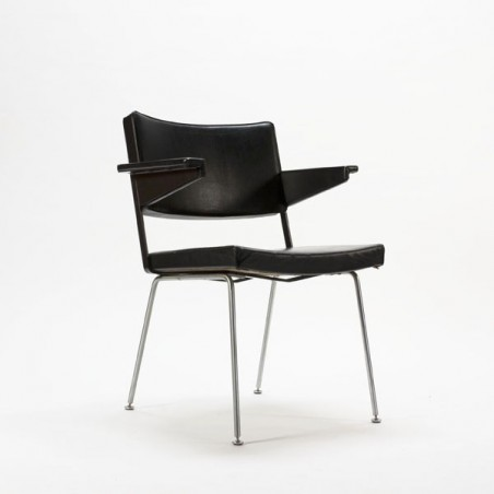 Gispen chair no. 1265 by Cordemeyer