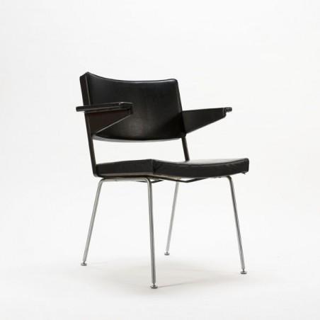 Gispen stoel nr. 1265 van Cordemeyer