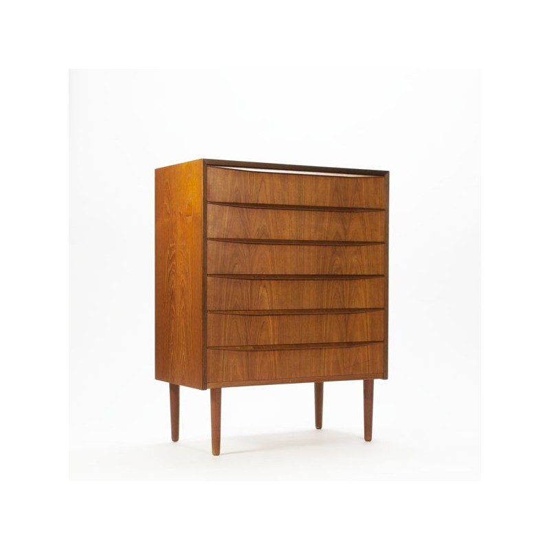 Scandianvian chest of drawers