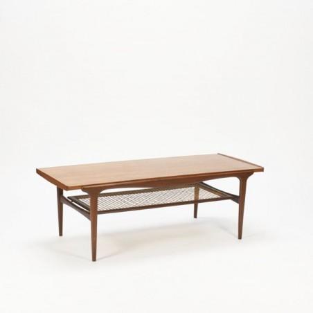 Coffe table teak with magazine rack