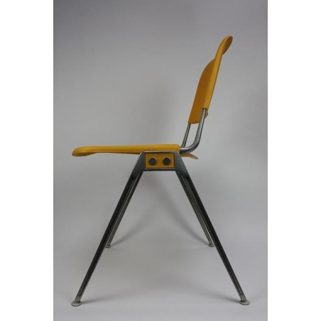 Albinson chair model no. 1601