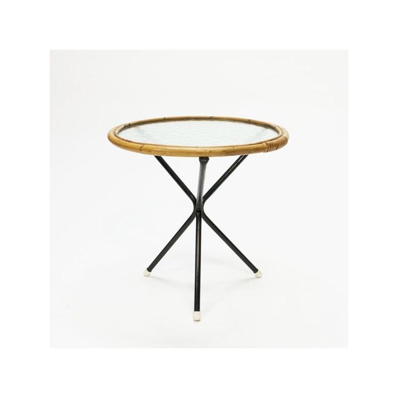 Rotan tafeltje driepoot