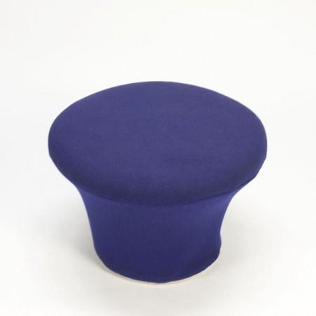 Artifort Mushroom hocker van Pierre Paulin paars