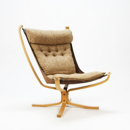 Falcon chair by Sigrud Ressell