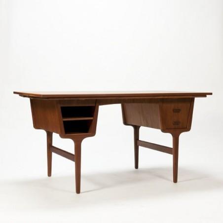 Luxury desk in teak