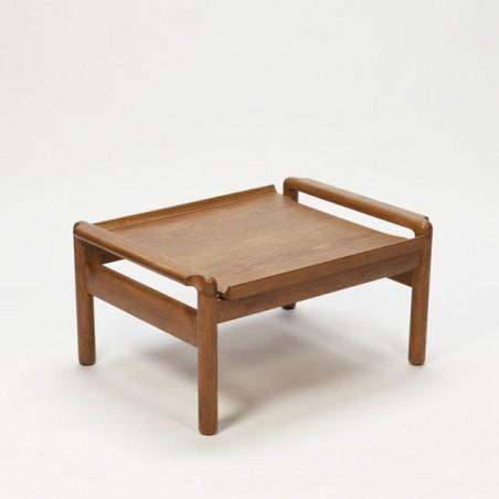 Coffee-/sidetable oak wood