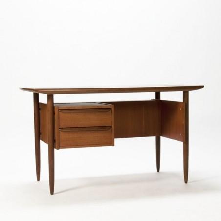 Design desk in teak