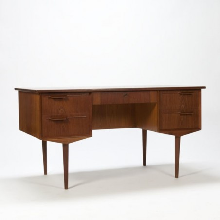 Large Scandinavian desk