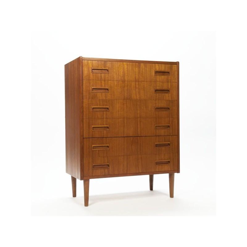 Danish chest of drawers in teak