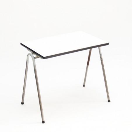 Indsutrial children's table