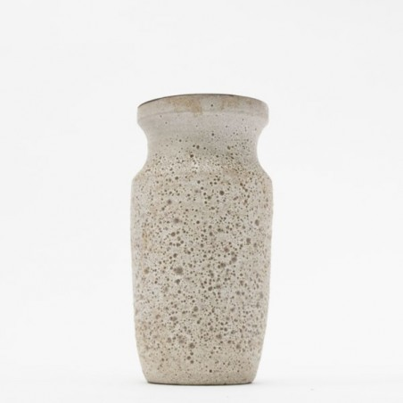 Ceramic vase light speckled