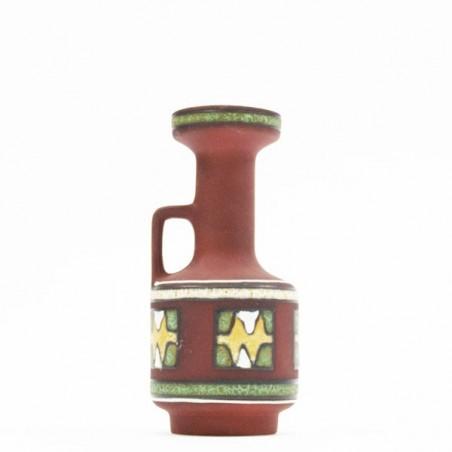 Aardewerk vaas met handvat