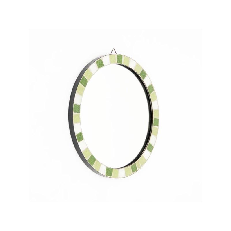 Round mirror with mosaic edge