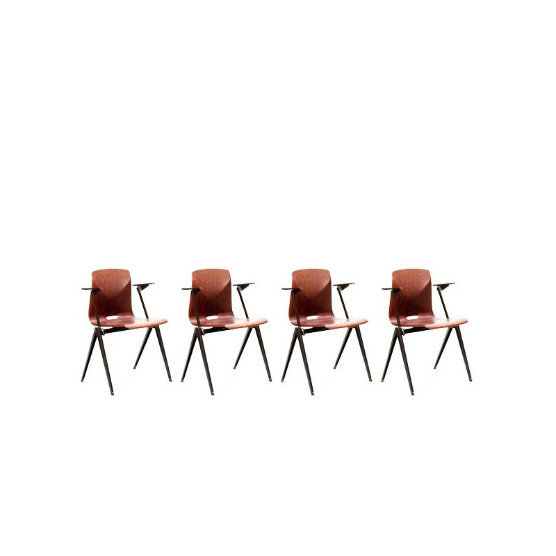 Set of 4 industrial Thur-op-seat chairs with armrest