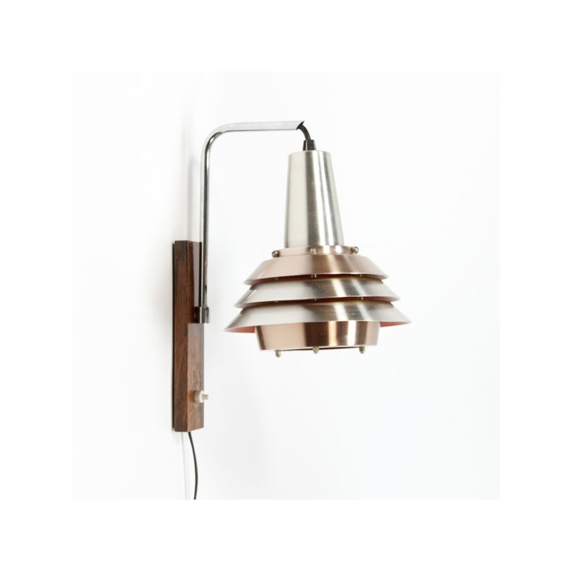 Scandinavian wall lamp