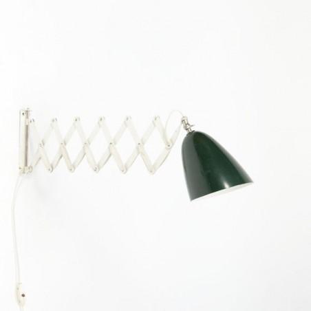 Schaarlamp van Anvia met groene kap