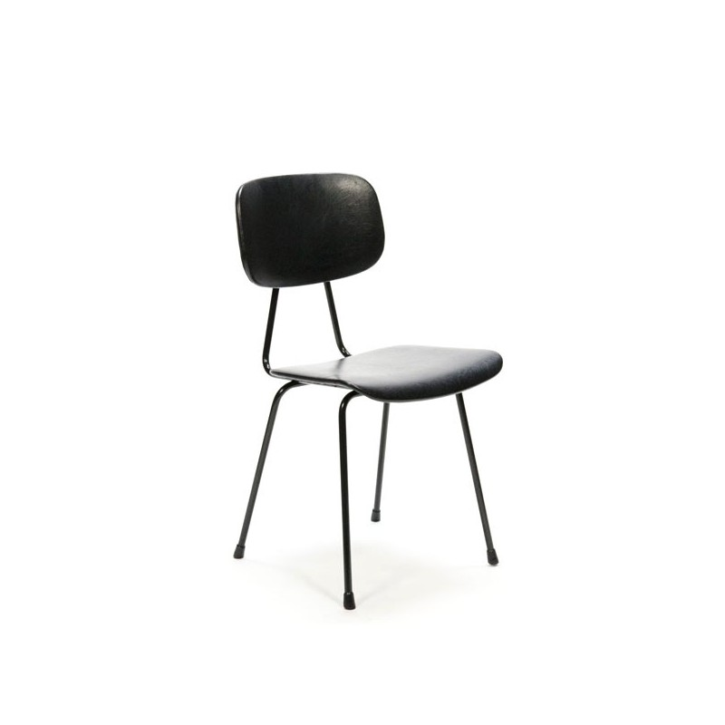 Kembo chair black