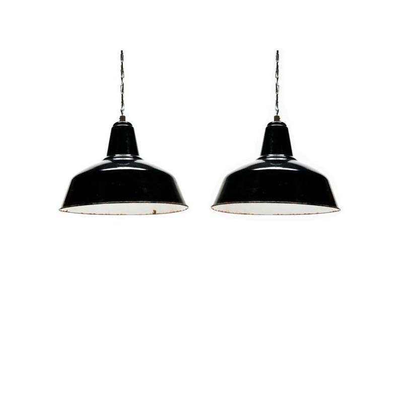 Set van 2 grote industriele emaille hanglampen