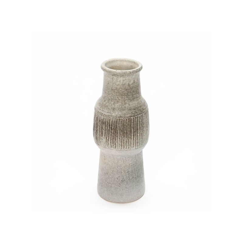Ceramic vase brown hue no.2