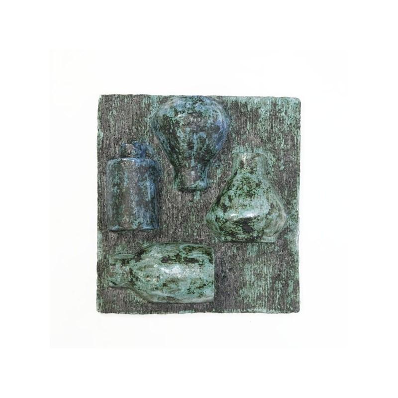 Wandobject in aardewerk