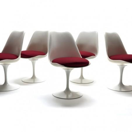 Tulip chairs by Eero Saarinen set of 5