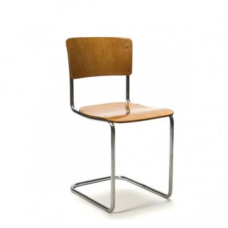 Houten buisframe stoel