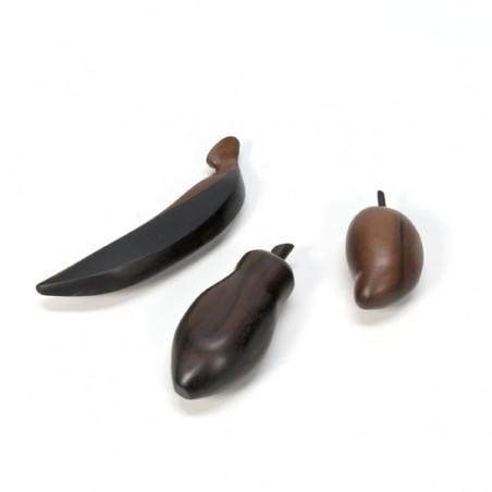 Rosewood fruit