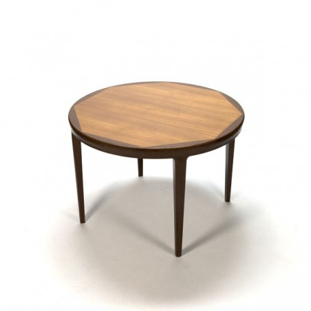 Round dining table with inlaid leaf