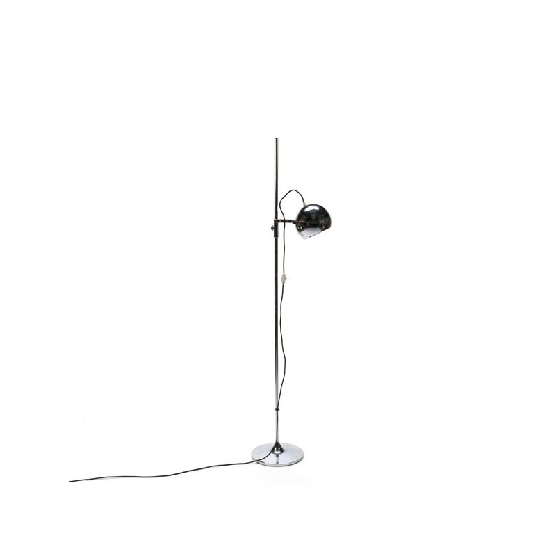 Standing floor lamp with chrome ball