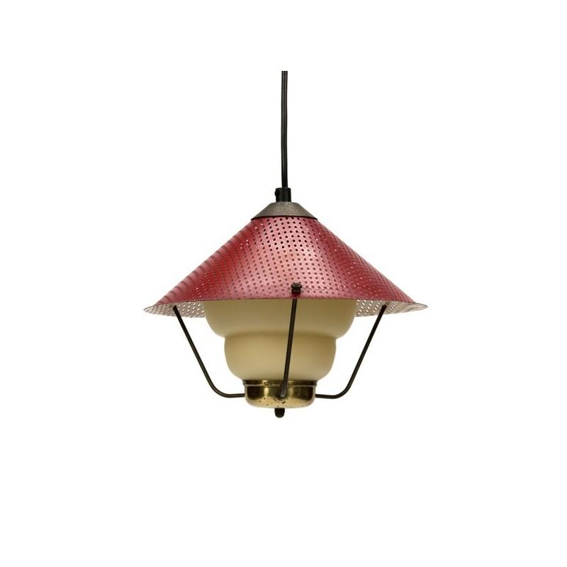 Hanglamp met rood geperforeerde kap