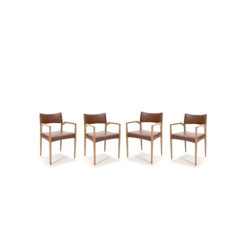 Set of 4 chairs with dark cognac leather upholstery