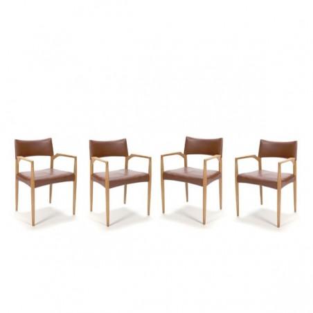 Set van 4 stoelen met dark cognac-lederen bekleding