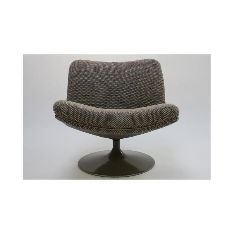 Artifort stoel ontwerp Geoffrey Harcourt