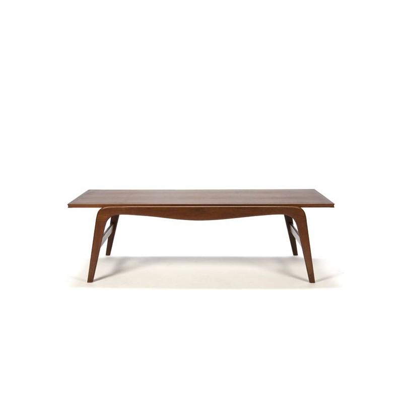 Coffee table in teak