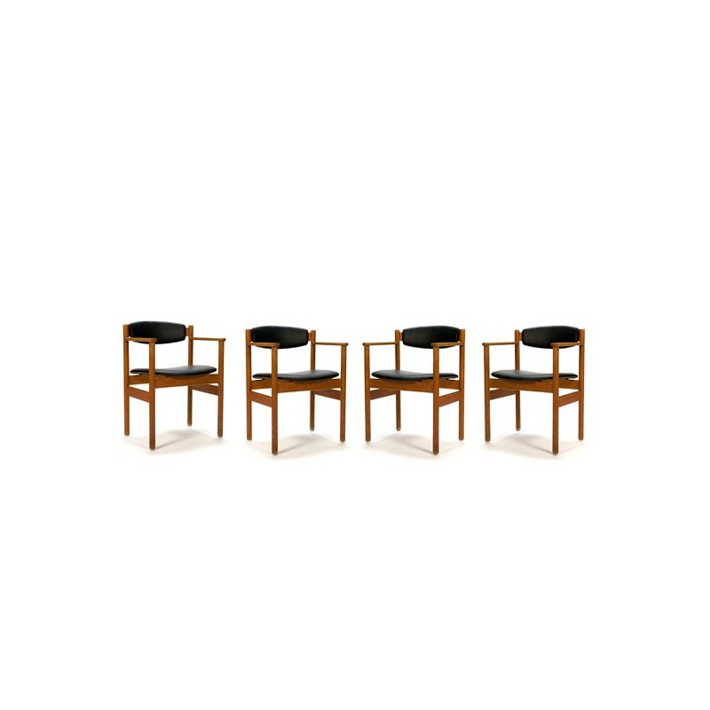 Set van 4 FDB Denmark stoelen