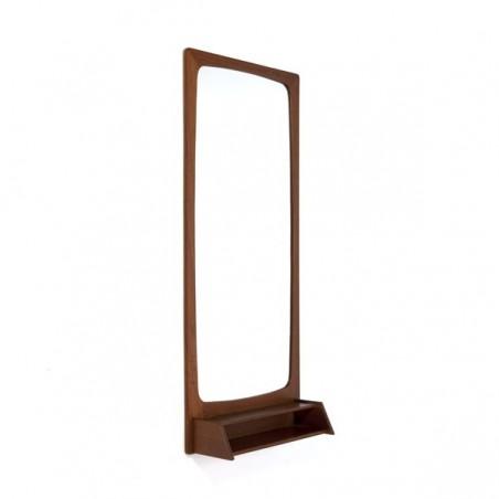 Design spiegel van teakhout