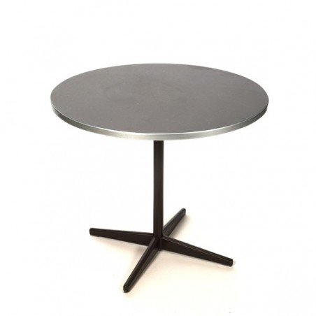 Round table by Friso Kramer