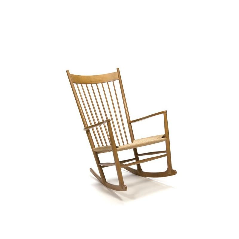 Hans J. Wegner schommelstoel J16