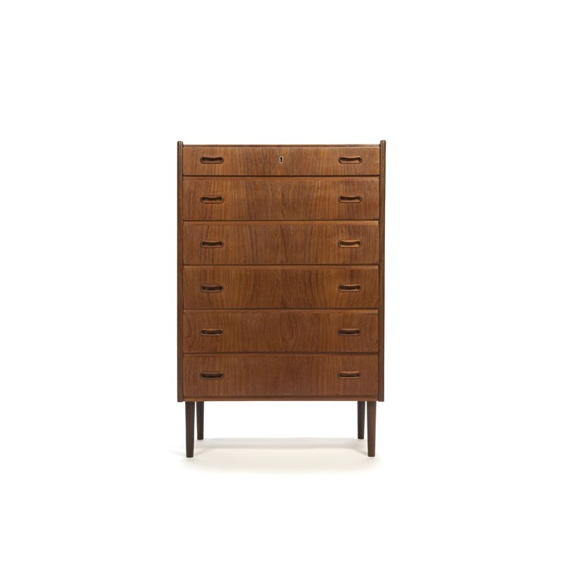 Danish dresser in teak with 6 drawers