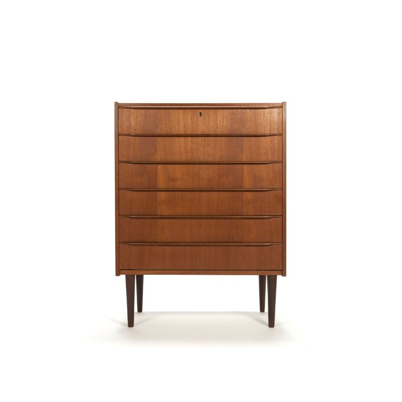 Teak chest of drawers with revolving handle