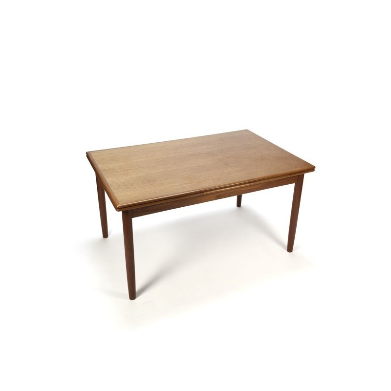 Dining table in teak Danish design