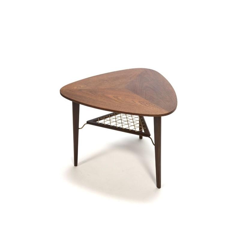 Teakhouten bijzet-/ salontafel met driehoek vorm
