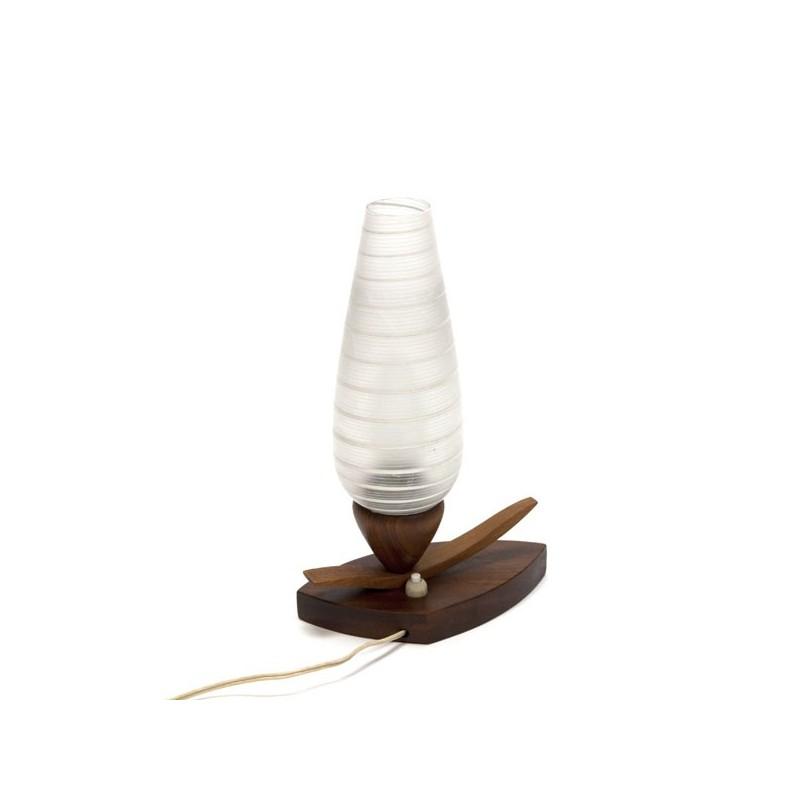 Glazen tafellamp met houten voet