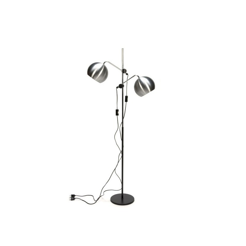 Standing flop lamp with aluminium balls