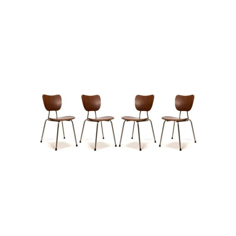 Set an 4 Deense stapelstoelen met teak