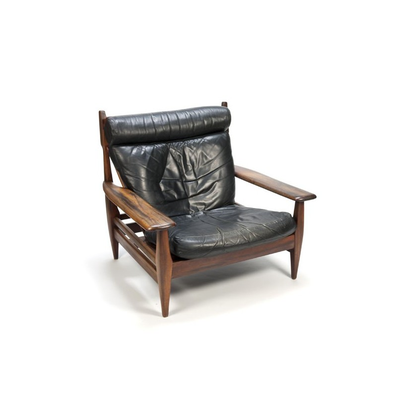 Brazilian design lounge chair