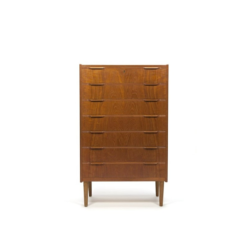 Teak chest of drawers wit 7 drawers